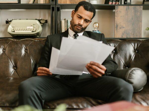 Kan det betale sig at få regnskab gjort af en revisor? Guide til regnskabs dilemmaet